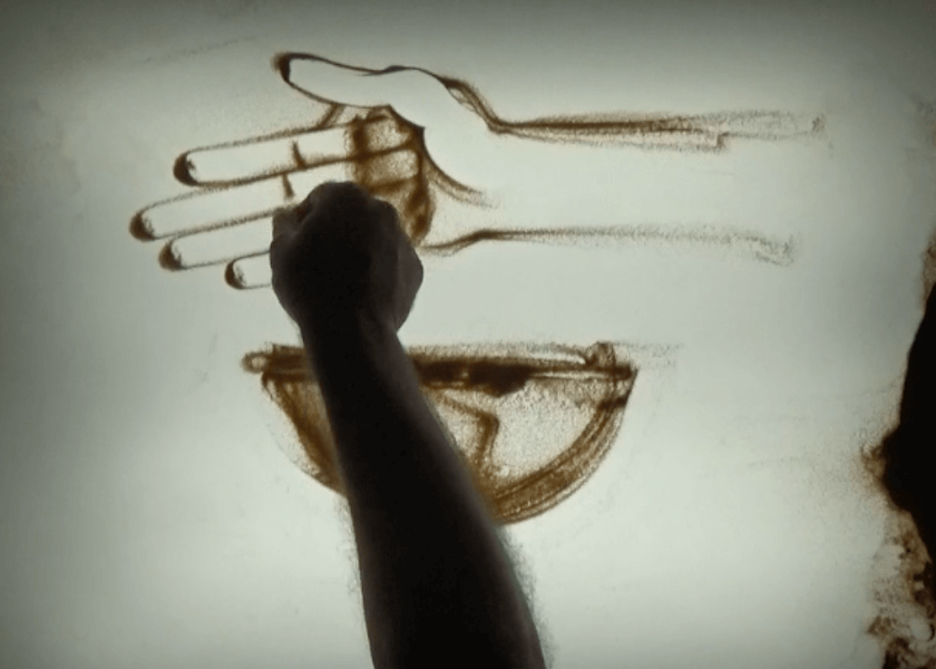 Sand Animation - Luc Marin